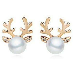 Faux Pearl Deer Earrings- gold